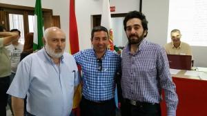 José Manuel Garrido y Jorge Olalla acompañando al Delegado de Deportes José Manuel Romero Campos