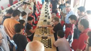 Gran expectación en la partida entre Francisco Miguel Callejas y Manuel Alanís