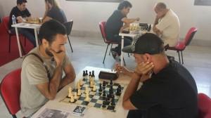 Mesa 4: David Fernández - Jorge Rincón (0-1)